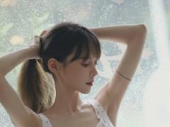 氧气美女白嫩性感丰满美女写真