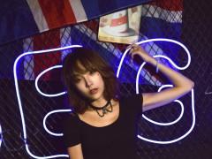 甜美游戏少女Hana妹俏皮可爱写真图片